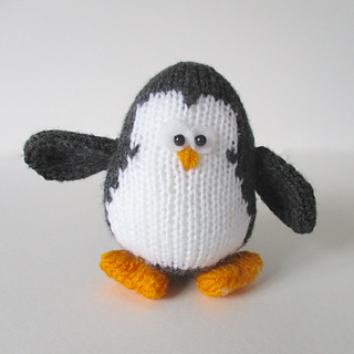 Hopkins_penguin_img_6008_small2