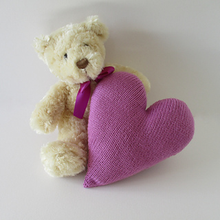 Heart_cushion_img_7416_small2