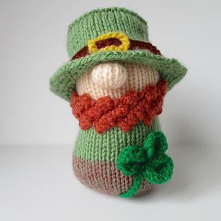 Ravelry  Blarney the Leprechaun pattern by Amanda Berry d6f2514e9d7