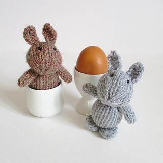Egg_cup_bunny_img_8458_small2