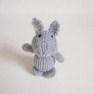 Egg_cup_bunny_img_8473_small2