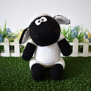 Ally_the_sheep_dsc_0003__1__small2