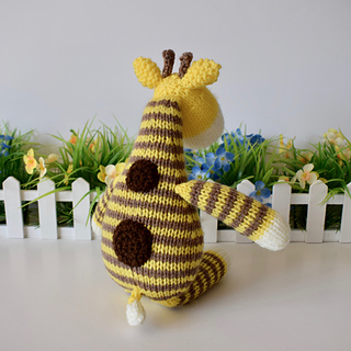 Harry_giraffe_dsc_0008__1__small2