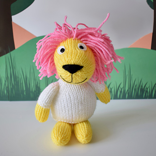 Lionel_the_lion_35161865345_ff4432c18d_o_small2
