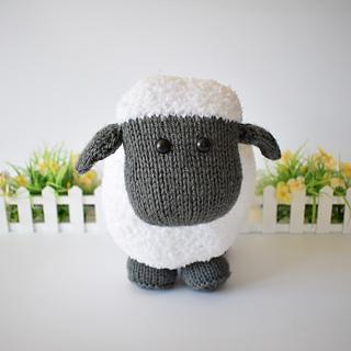 Brenda_the__sheepdsc_0018_small2