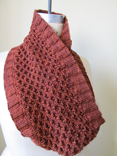 Hourglass_cowl_1_small2