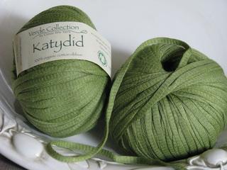 Katydid_yarn_small2