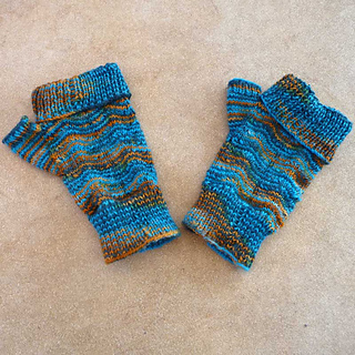 Ripple-wave-mitts_small2