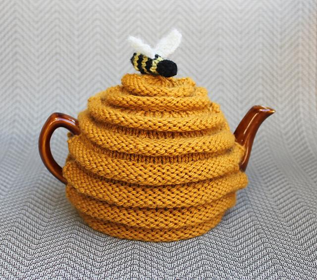 Ravelry Frazzledknitters Beehive Tea Cozy