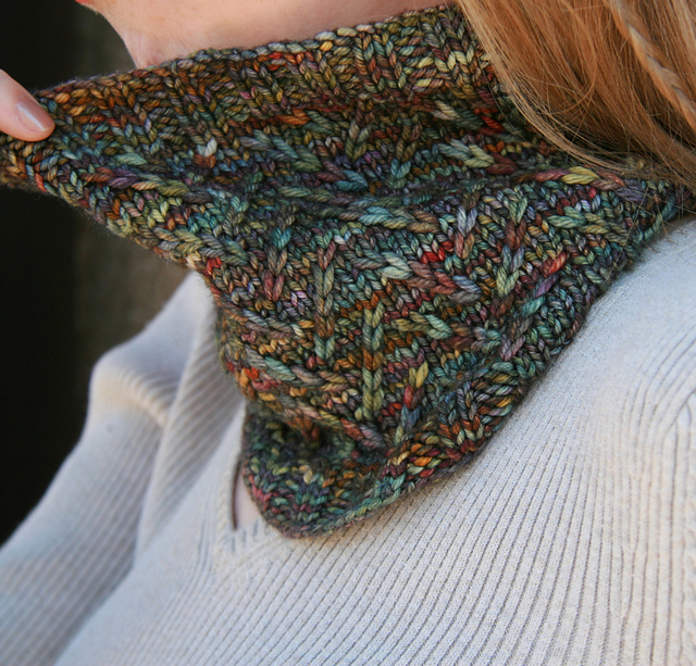 Indie Design Gift Along 2018 Cowl and Scarf Knit slip stitch