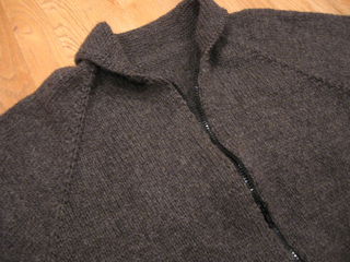 Jeffs_sweater_002_small2