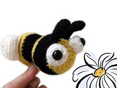 Bee2_small