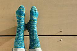 Shibui-socks-willamette-1_small_best_fit