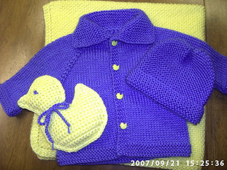 Ravelry Rindys Raglan Baby Sweater 6 Months Pattern By Rindy
