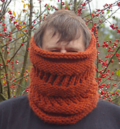 One_skein_cowl_small_best_fit