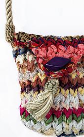 Silken_byways_handbag-_close_up_edge_sm_small_best_fit