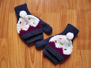 Sweeter_than_a_cupcake_knitted_hat_and_mittens_cupcake_knitting_pattern_girls_2_small2