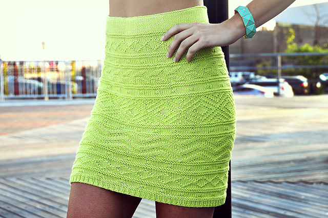 Ravelry Shes Electric Aztec Pattern Bodycon Skirt Pattern By