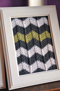 Owl_friends_knitted_wall_art_green_grey_chevron_small2