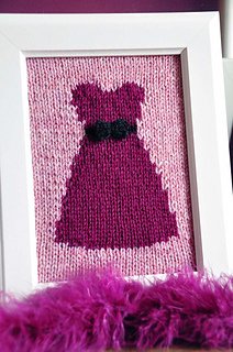 Happily_ever_after_knitted_wall_art_pink_dress_small2