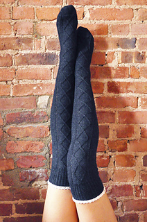 Diamond_in_the_ruffle_cable_knit_over_the_knee_socks_knitting_pattern_1_small2