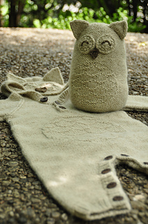 Owl_in_one_knitted_baby_onesie_7_small2