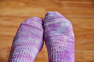 Young_at_heart_cable_knit_over_the_knee_socks_with_lace_trim_toe_detail_small2