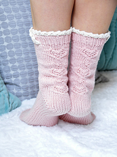 Young_at_heart_cable_knit_ankle_socks_with_lace_trim_2_small2