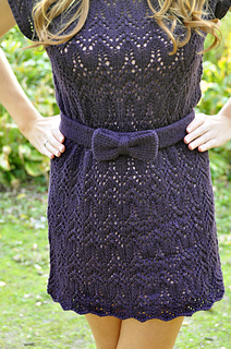 Take_a_bow_knitted_chandelier_lace_dress_knitting_pattern_3_small2