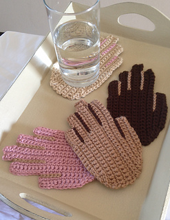 Hands_tray_small2