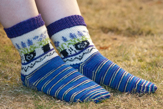 Flower_pot_socks_small2