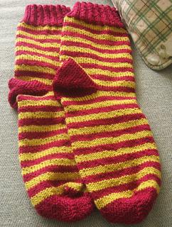 Ravelry Horizontal Striped Socks Pattern By Isela Phelps