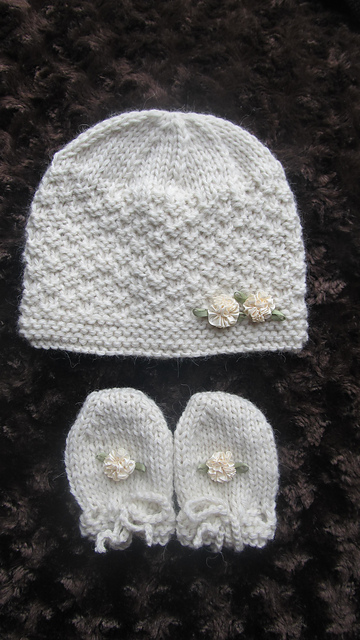 991ed253 patterns > Handknitsbyelena on Ravelry. > BABY CASHMERE HAT AND MITTENS