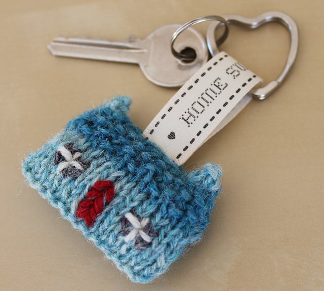 Ravelry: Home Sweet Home Wee House Brooch and Key Ring pattern by ...