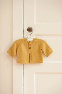 Cradle_cardigan_still_life_small2