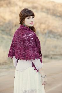 Manda_shah_trillium_shawl_2_small2