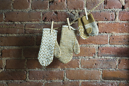 Damask-mittens_small_best_fit