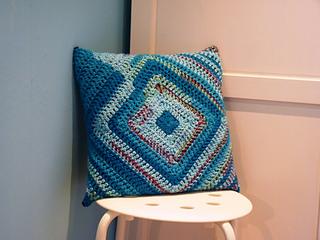 Cushion_001edited_small2
