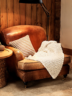 Lifestyle_knitted_blanket_pattern_small2