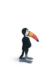 Crochet_toucan_edwards_menagerie_small_best_fit