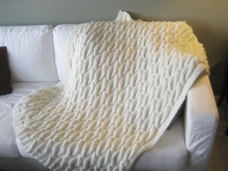 Ravelry Cable Blanket Pattern By Bernat Design Studio