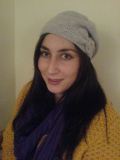 ea00be139b9 Ravelry  a beret with a bow pattern by Helen Woodward
