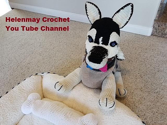 Large Amigurumi Siberian Husky Dog pattern by Helen Brady
