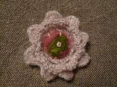 Finished_brooch_small