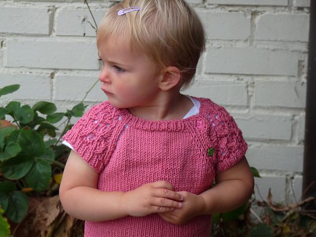 Ravelry: HINE is a girl pattern by Kelly van Niekerk