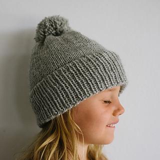aba09c255d7 Ravelry  Emma s Winter Beanie pattern by Paula Leme