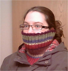 Dr_who_ribbed_cowl_small