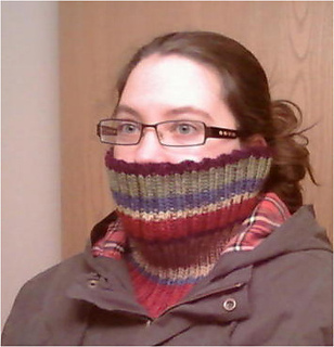 Dr_who_ribbed_cowl_small2