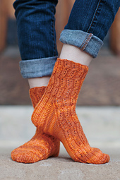 Lornas_laces_sock_b_small_best_fit