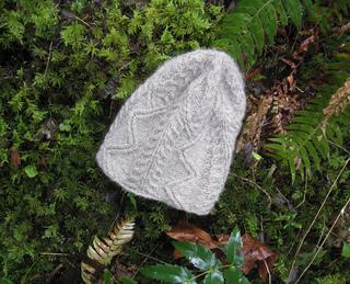 2010-02-03_jan_s_original_hat_design_in_columbia_river_gorge_52_small2